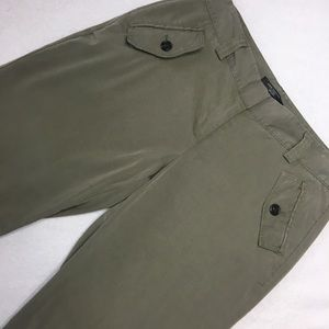 Ann Taylor Army Green Crop Pants - Sz 6P 6 Petite